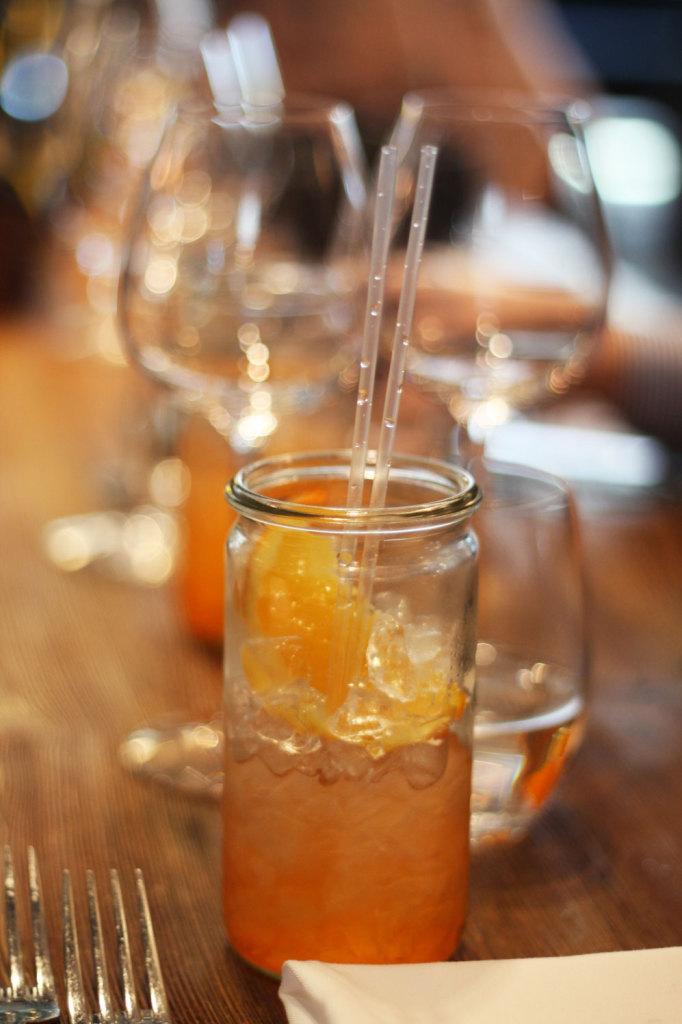 Na początek pyszny aperitif na zaostrzenie apetytyu, czyli orzeźwiający aperol.